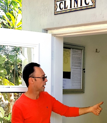 Tony Silva advises openly displaying the evacuation plan, permit and pertinent regulations on an aviary building wall, here the wall of his private aviary clinic.